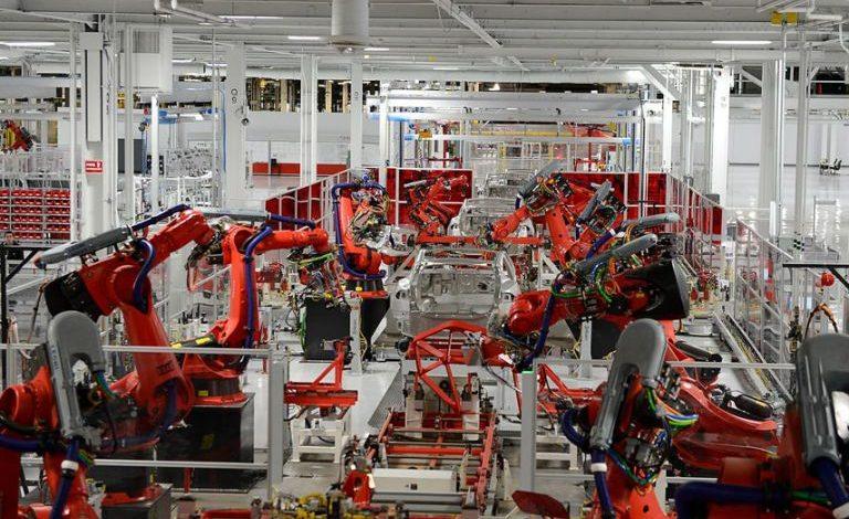 nhà máy thông minh trong sản xuất