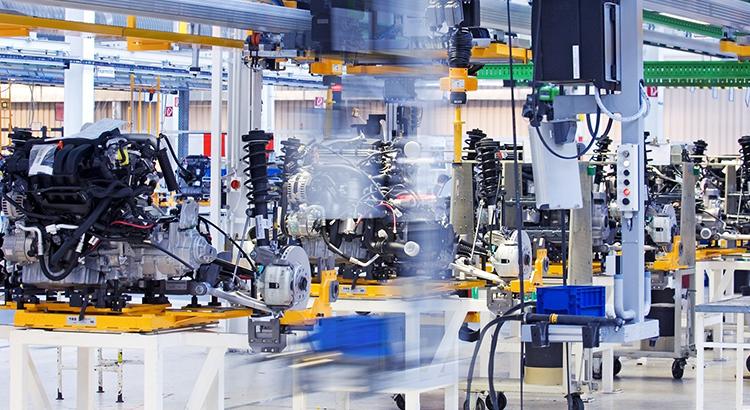 Tự động hóa trong sản xuất công nghiệp là gì?